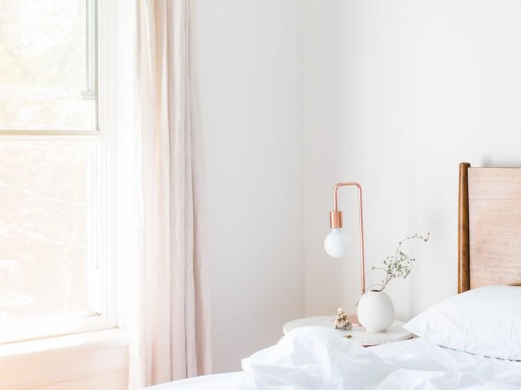 Interieurtips Kleine Woonkamer : Kleine kamer met deze interieurtips creëer je meer ruimte goed